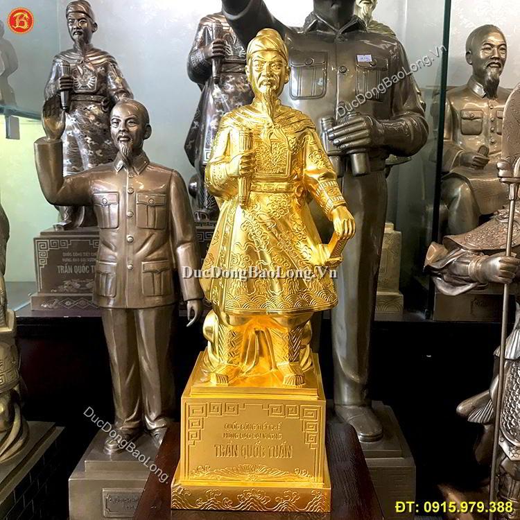 tượng trần hưng đạo dát vàng