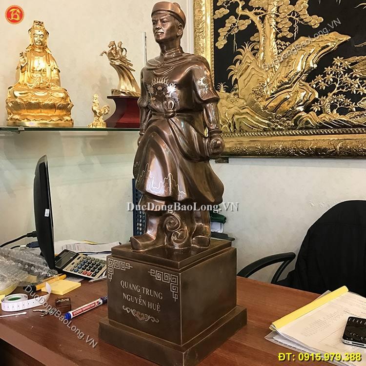 Tượng Đồng Quang Trung Khảm Tam Khí 70cm