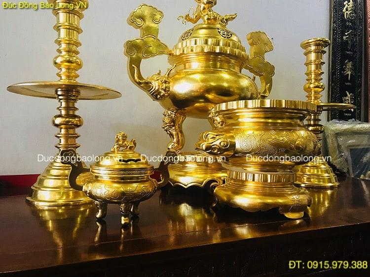 Vàng 9999: Đồ Thờ Bằng Đồng Dát Vàng (phủ Vàng Ròng 9999 Toàn Bộ