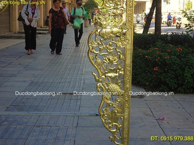 Cửa Võng Đồng Treo Bàn Thờ dài 2m khách Bắc Giang