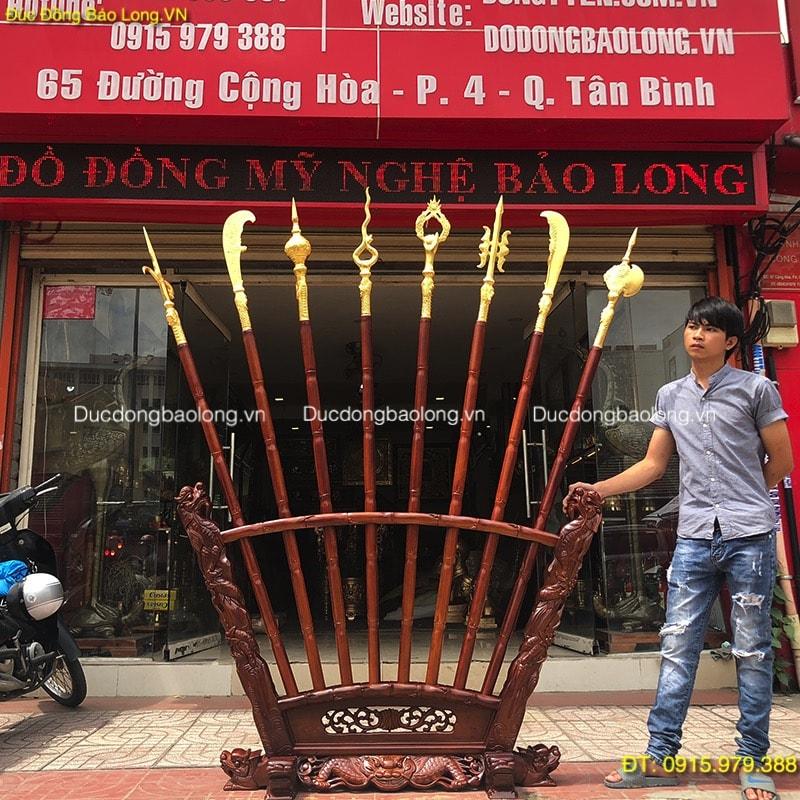 Bộ Bát Bửu Bằng Đồng dát vàng 9999 cao 2m17