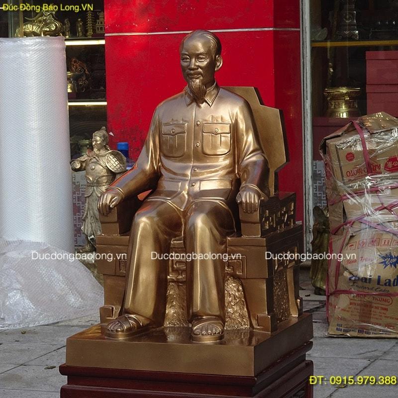 Tượng Chân Dung Bác Hồ Ngồi Ghế cao 68cm