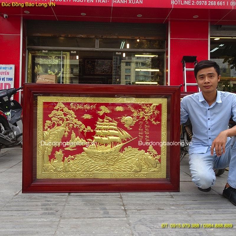 Tranh Thuận Buồm Xuôi Gió mạ vàng, nền màu đỏ dài 1m47