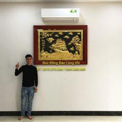 Treo tranh thuận buồm xuôi gió 1m47 mạ vàng cho khách Hà Nội