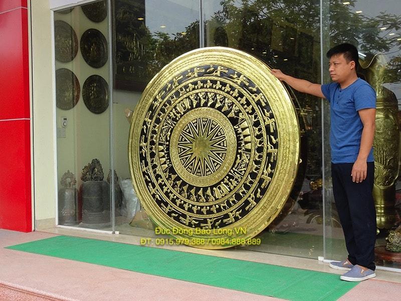 Mặt Trống Đồng Vàng khổ lớn đường kính 1m8