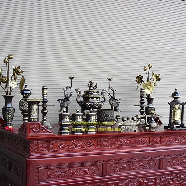 Bộ đồ thờ bằng đồng Đỉnh Dơi phớt màu 50cm