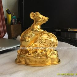 con chuột dát vàng