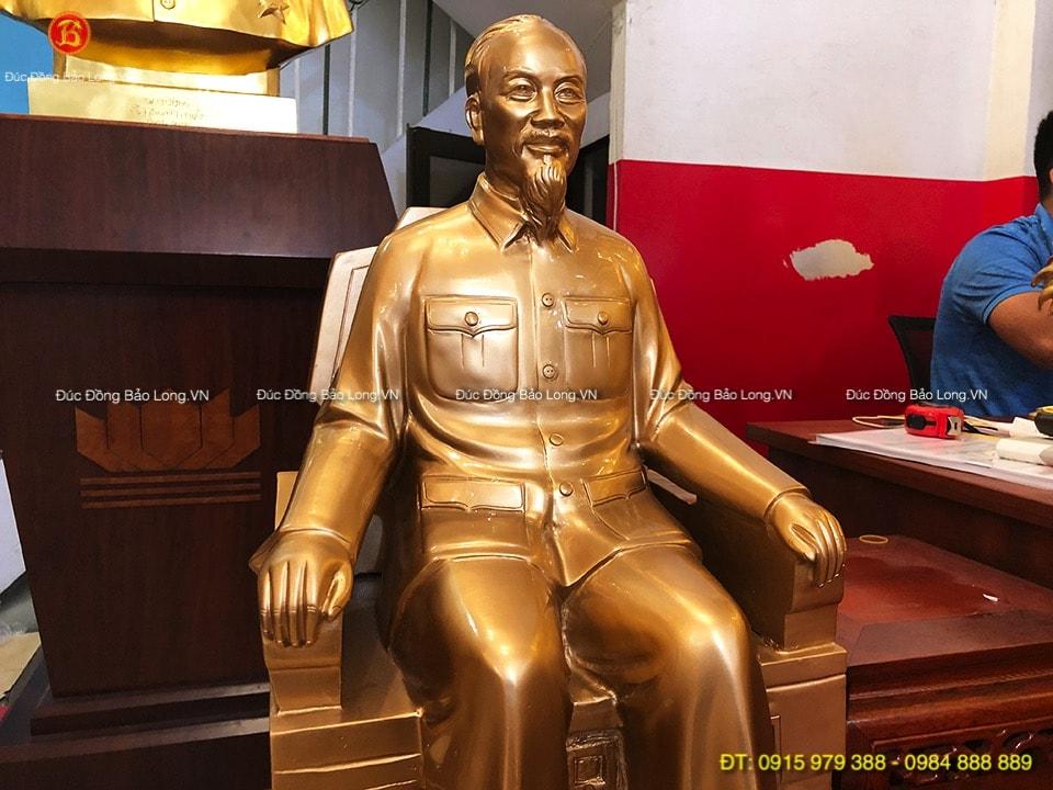 Tượng Bác Hồ ngồi ghế 65cm đúc đồng đỏ