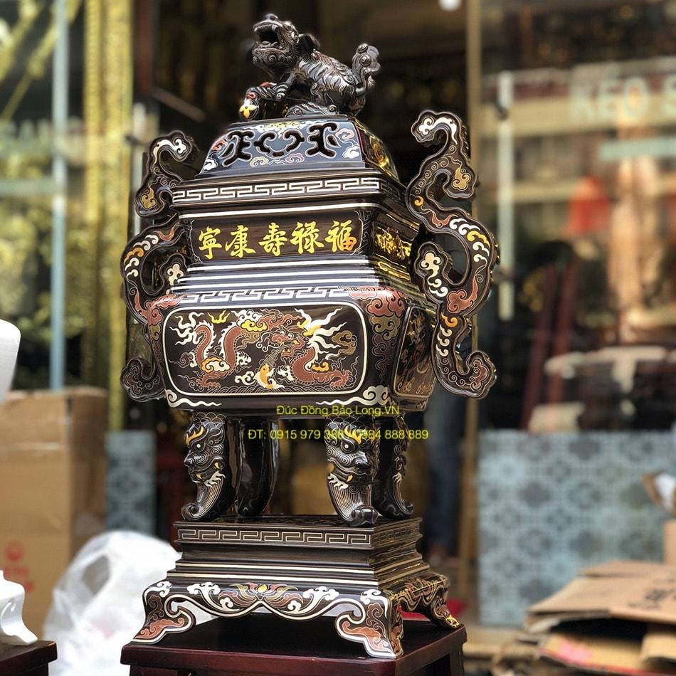 Đồ thờ bằng đồng tại quận Hoàng Mai, đỉnh đồng khảm ngũ sắc