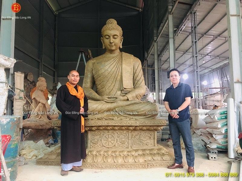 ĐÚc tượng Phật bằng đồng tại An Giang, mẫu đất