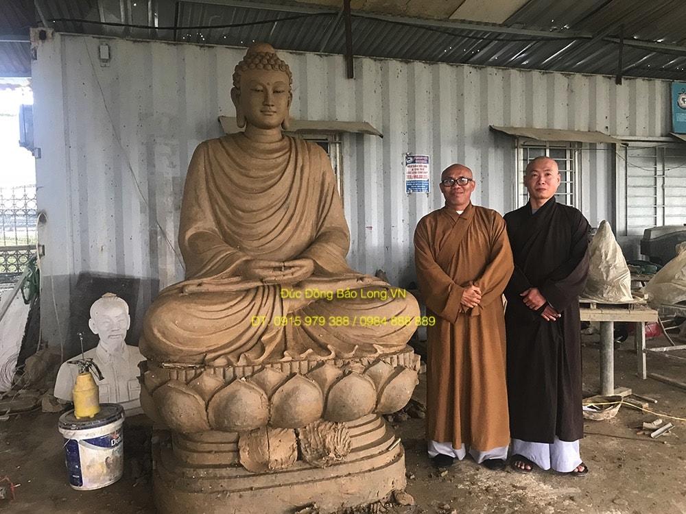 Đúc tượng Phật bằng đồng tại Hà Giang