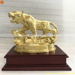 tượng con hổ bằng đồng
