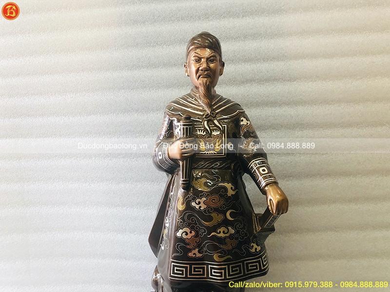 Tượng Trần Hưng Đạo 48cm khảm điểm Vàng