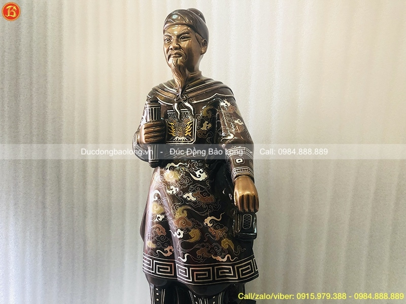 Tượng Trần Quốc Tuấn 69cm khảm Vàng
