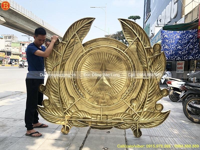 logo công an bằng đồng