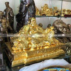 tượng di lặc dát vàng