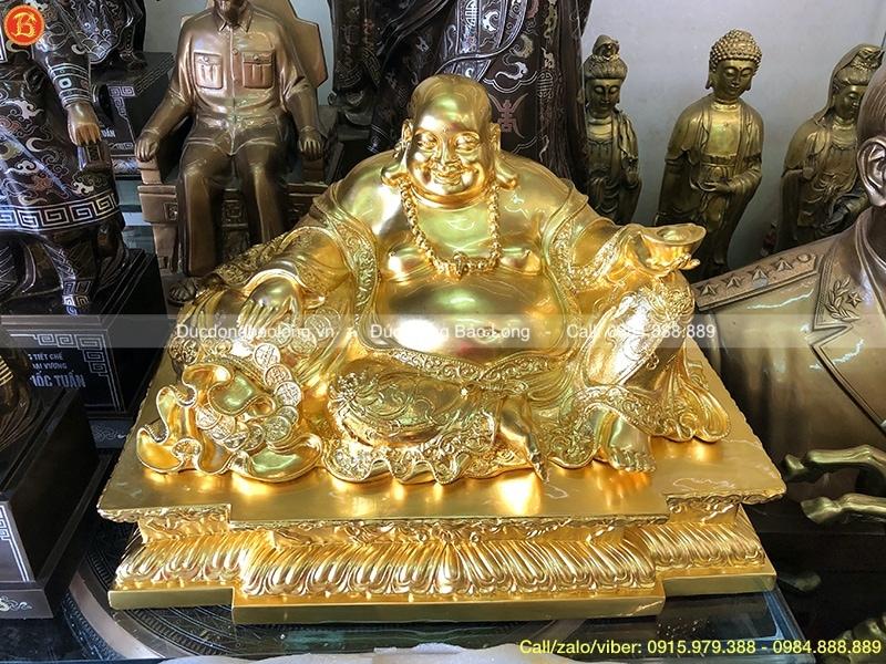 tượng di lặc ngồi bệ dát vàng