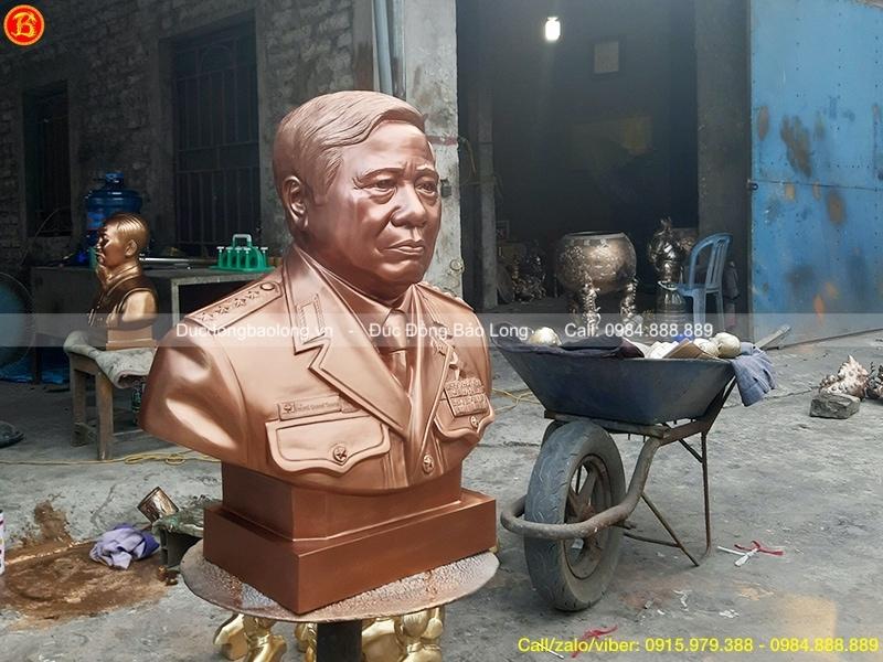 Tượng chân dung Phùng Quang Thanh 99%