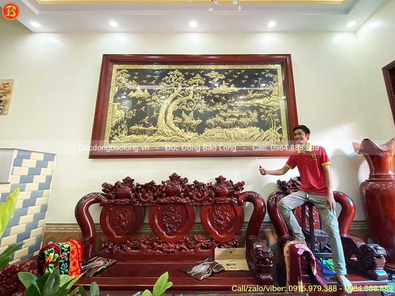 Tranh Bách Hạc Quần Tùng 3m21 treo ở Việt Trì