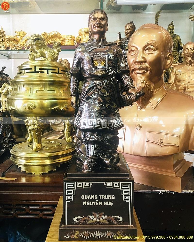 tượng vua quang trung bằng đồng