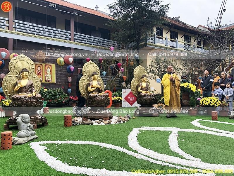 Tượng Tam Thế Phật ngồi cao 1m33