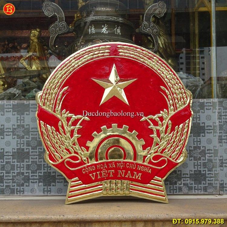 Quốc Huy Việt Nam treo ở cơ quan đơn vị