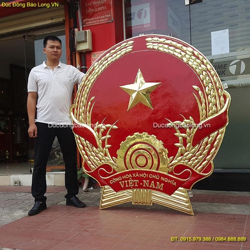 Quốc Huy Việt Nam Mẫu Chuẩn cao 1m6