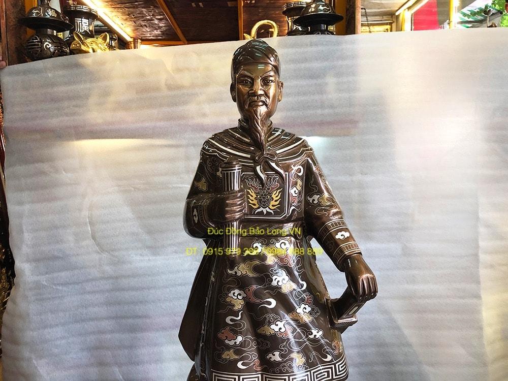 Tượng Trần Hưng Đạo cao 81cm khảm đẹp