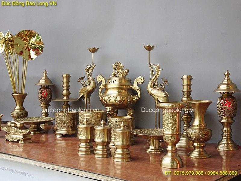 Kinh nghiệm mua đồ thờ bằng đồng - Bộ đồ thờ bằng đồng thau đầy đủ
