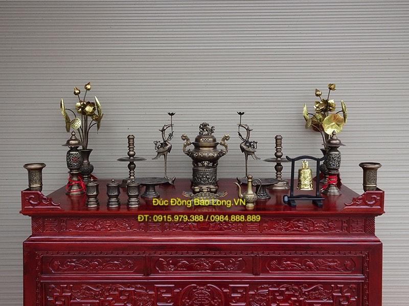 Đồ thờ bằng đồng vàng tại quận Hai Bà Trưng