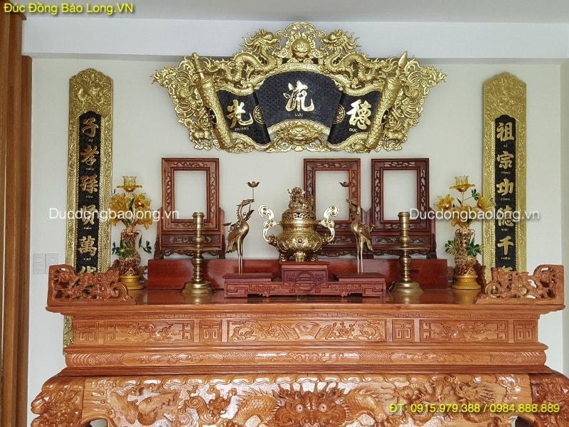 Đồ thờ bằng đồng tại thạch thất cho bàn thờ 1m97