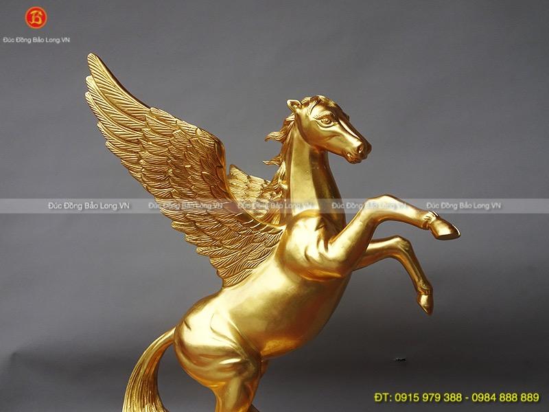 Tượng Ngựa Có Cánh dát vàng cao 45cm