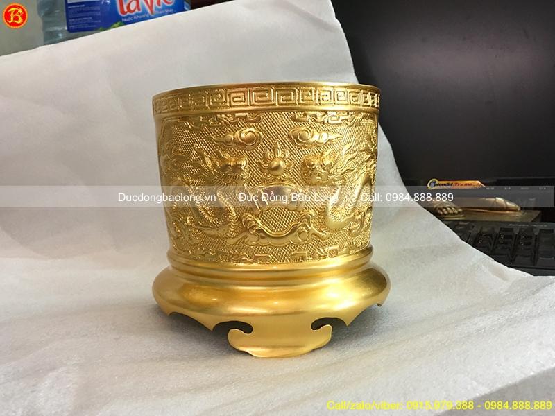bát hương dát vàng