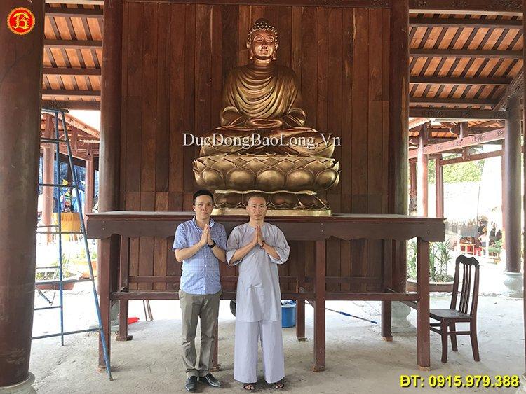 Đúc tượng Phật bằng đồng tại Lào Cai