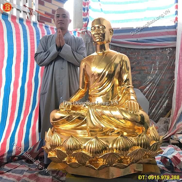 Đúc tượng Phật bằng đồng tại Thái Bình