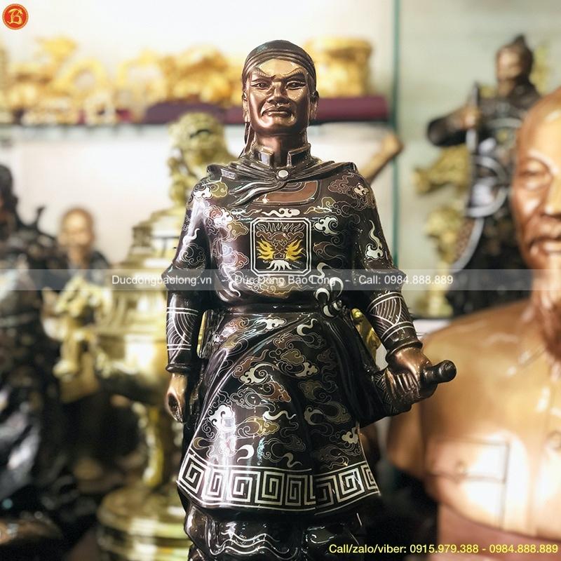 Tượng Vua Quang Trung cao 61cm khảm tam khí Đẹp