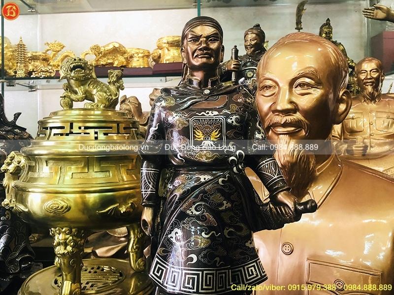 tượng vua quang trung 61cm