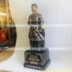 tượng trần quốc tuấn 81cm