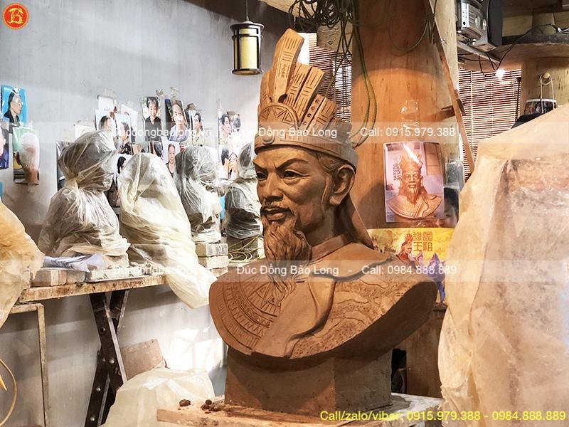 tượng chân dung vua hùng