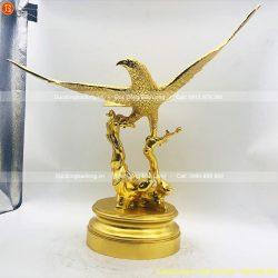 tượng chim đại bàng