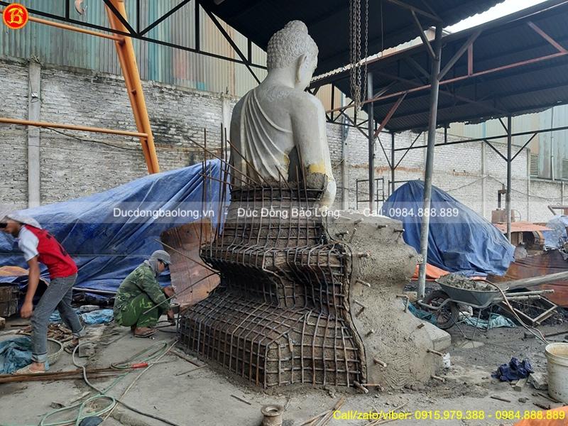 tượng phật thích ca chùa từ tâm