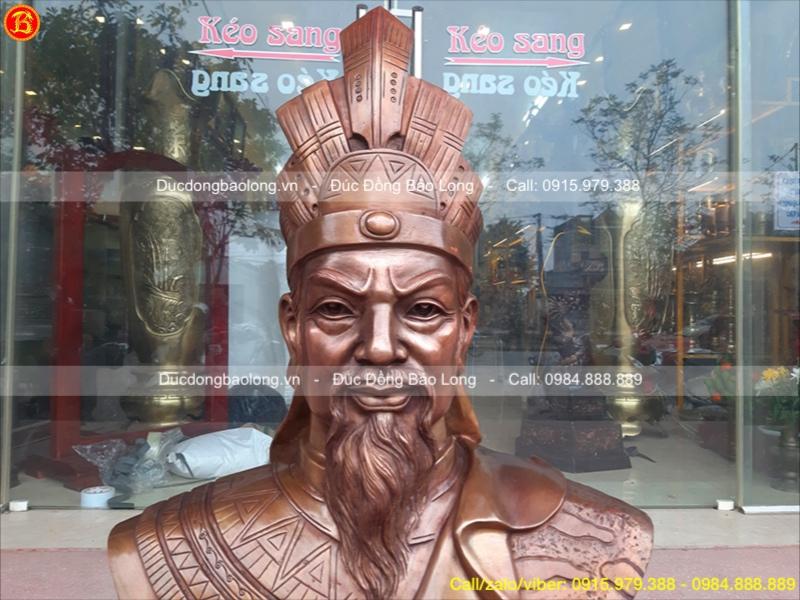 tượng vua hùng bằng đồng