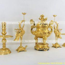 bộ đỉnh đồng ngũ sự dát vàng