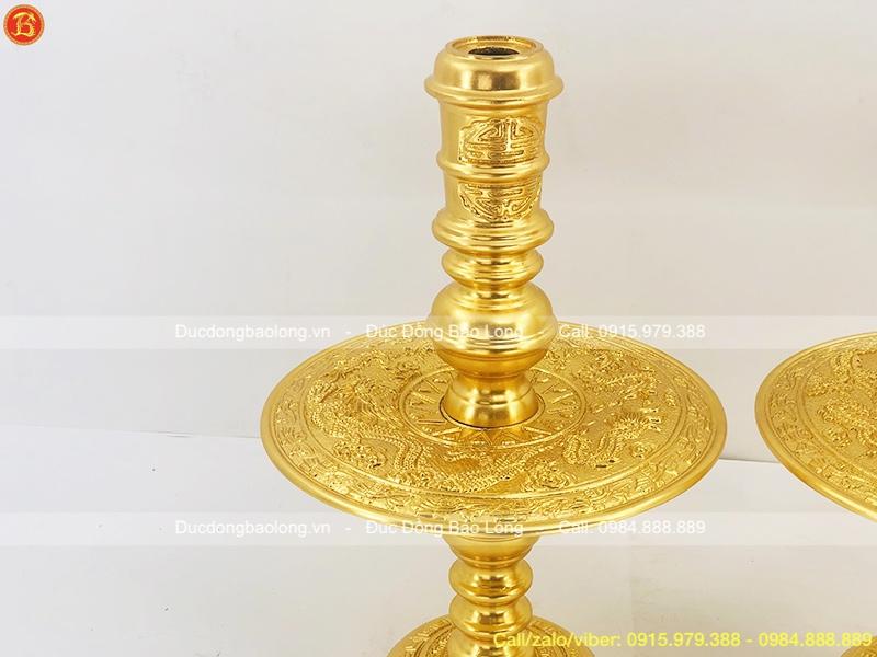 Đôi Chân Nến Dát Vàng của bộ thờ cúng 60cm