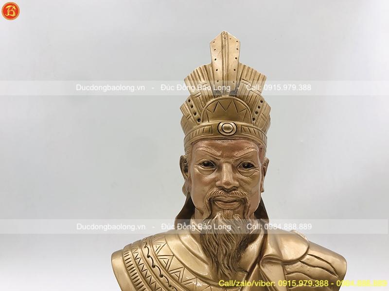 giá tượng vua hùng