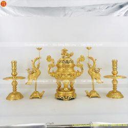 ngũ sự thờ cúng dát vàng