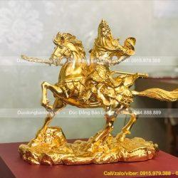 giá tượng quan công cưỡi ngựa