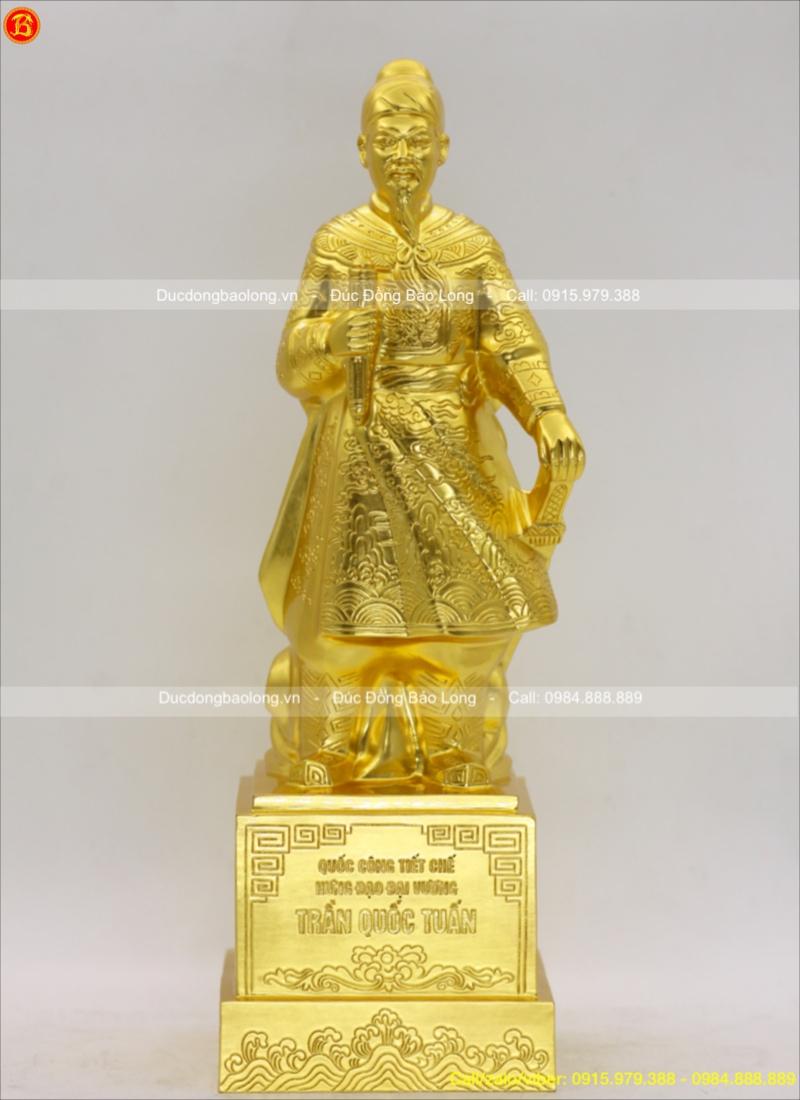 tượng trần hưng đạo bằng đồng thếp vàng