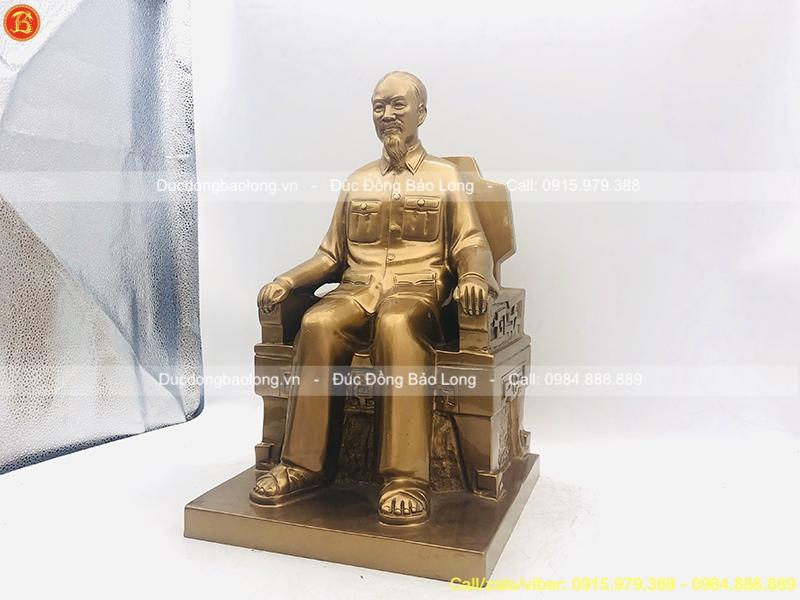 tượng bác hồ ngồi ghế 42cm