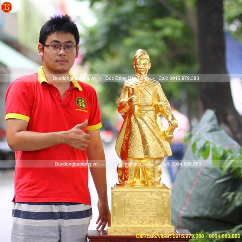 Tượng Trần Hưng Đạo Đồng Dát Vàng 9999 cao 90cm